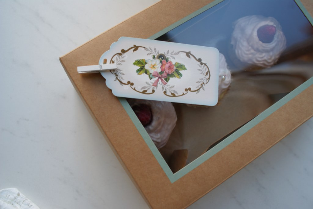 Cupcake in a box - just love this!