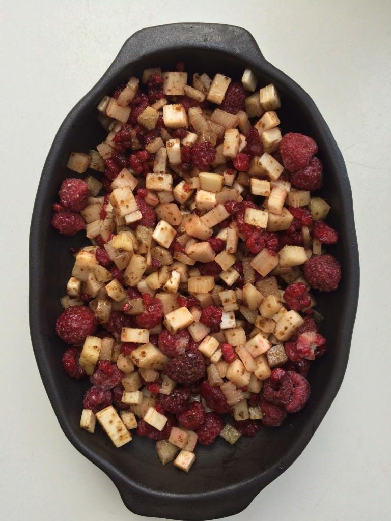 Fruit met suiker en limoensap