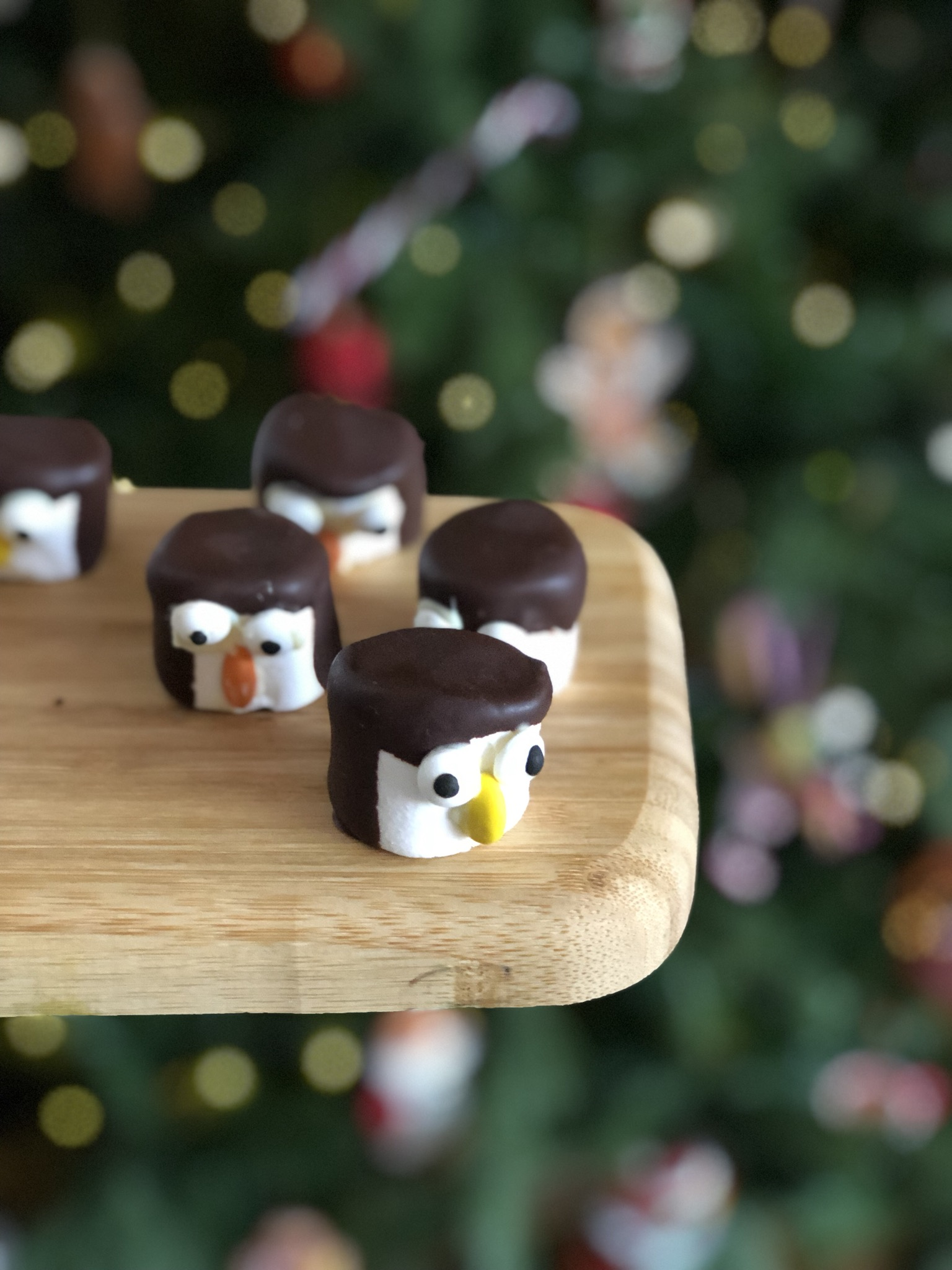 DIY marshmallow pinguins