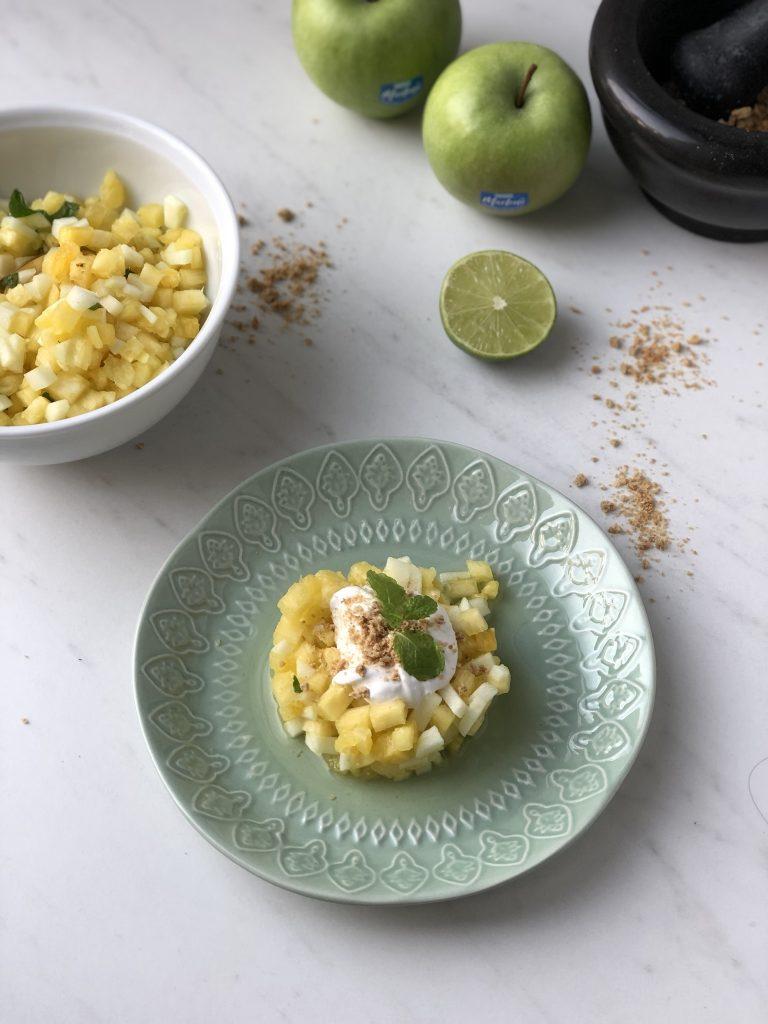 Tartaar van ananas en appel met limoenroom