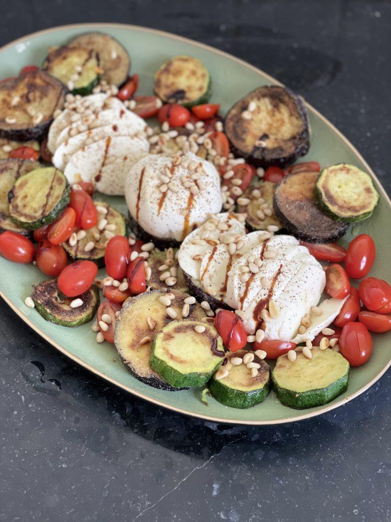 Italiaanse lunch: caprese salade met een twist